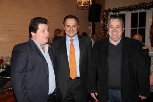 Με τον επιχειρηματία κ. Σύρμα και τον πρώην Δημοτικό Σύμβουλο Αχαρνών Τάκη Παπαχρήστο