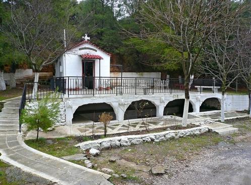 Αγία Κυριακή Ναός